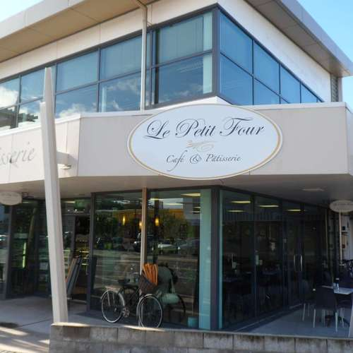 Le Petit Four Cafe and Patisserie