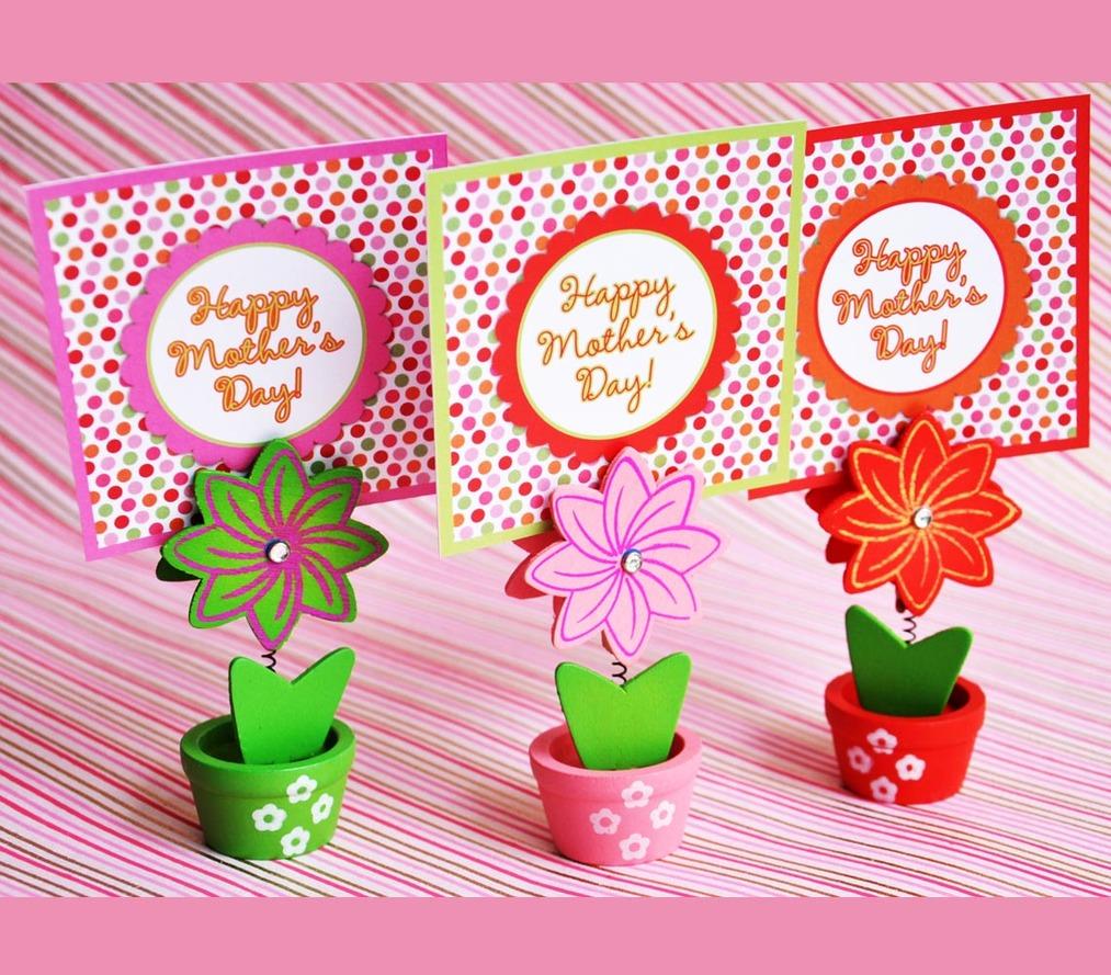 Mom - flower pot