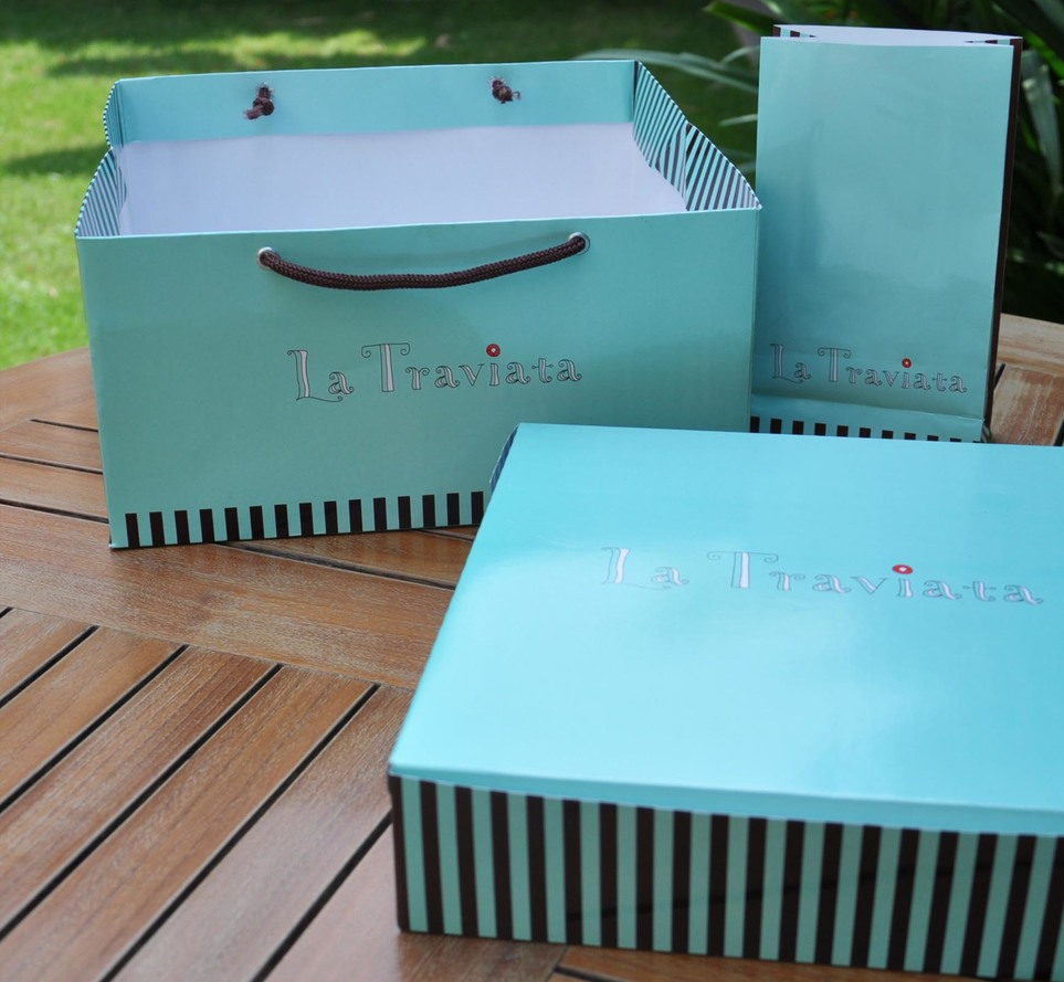 Box - Cake: La Traviata
