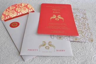 Wedding Invite - Red & White Gold Parrot