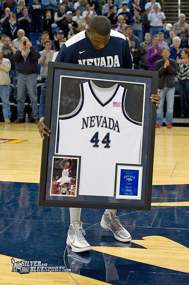 2012-nevada-la-tech-bb-43