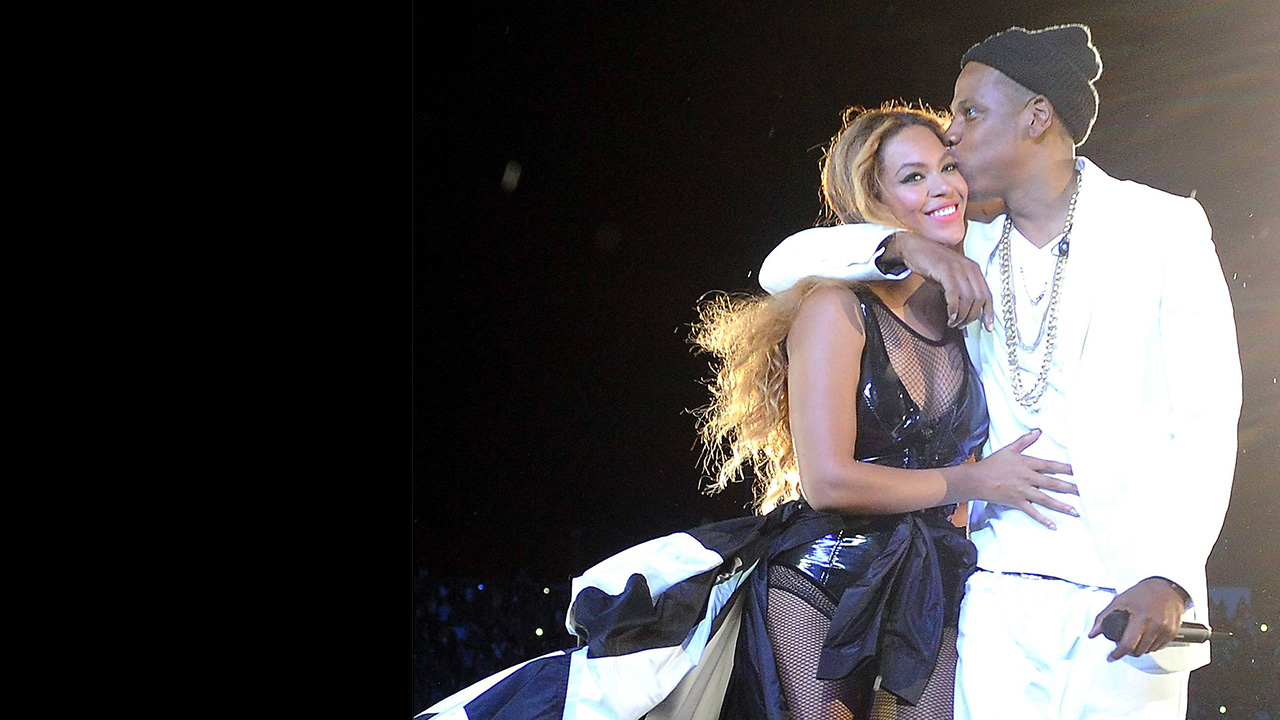 "JAY Z & Beyoncé began their 2014 takeover with the first live performance of ""Drunk In Love"" at the GRAMMYs."