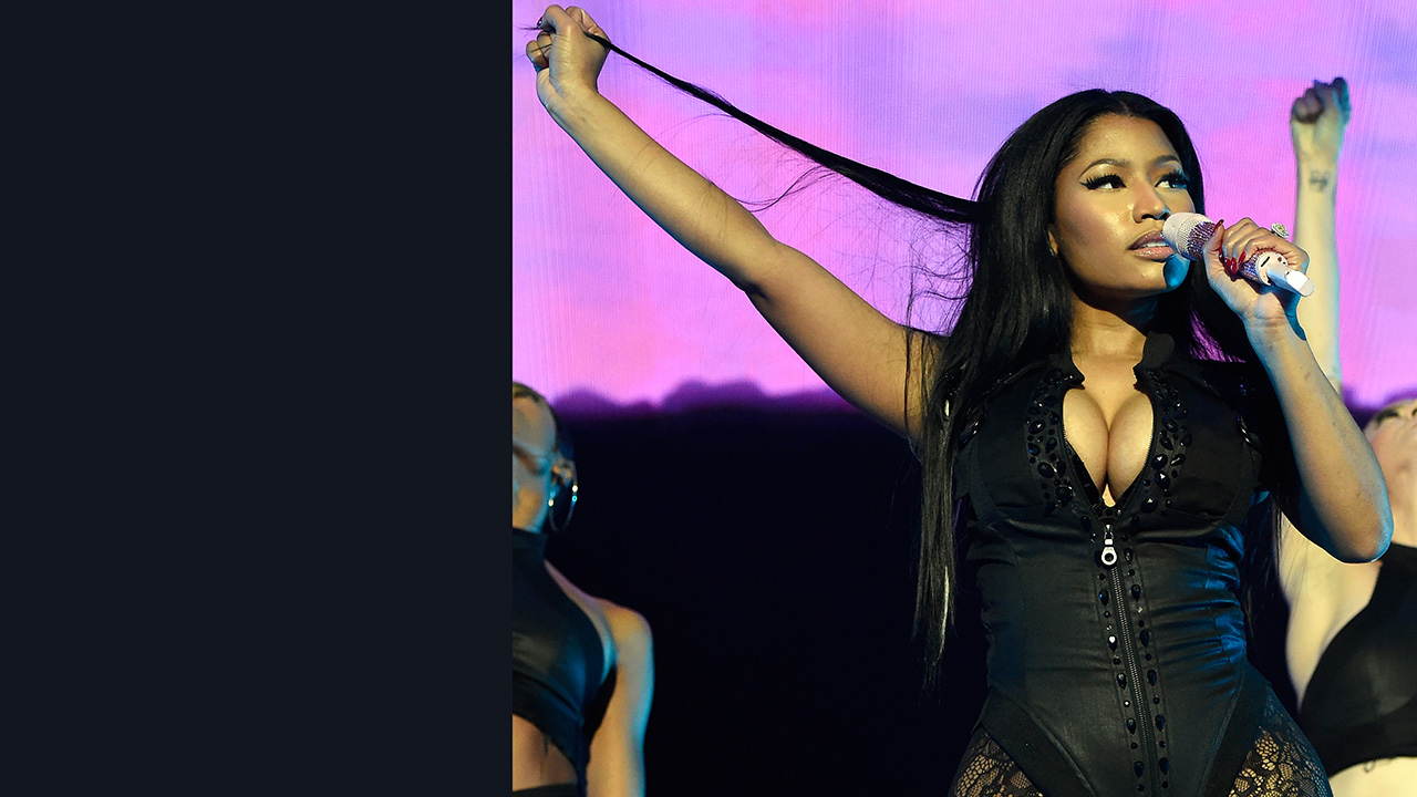 Nicki Minaj teamed up with diva doll Ariana Grande at the NBA All-Star Game.