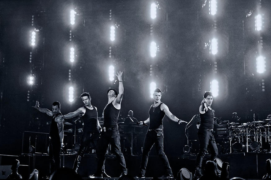 OMG NKOTB! Yeah, be still your boy-band bleeding heart, because the New Kids On The Block are hitting the tour circuit with Boyz II Men AND 98 Degrees
