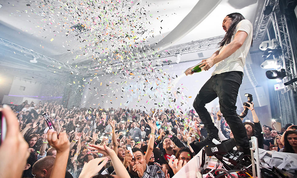 Steve Aoki - Last year's highest grossing dance artist has No Beef... at least not with the music! Just watch out for the flying baked goods.