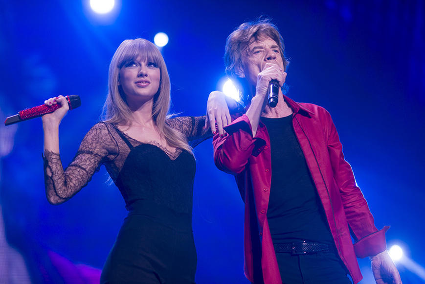Taylor Swift turns up at a Stones show to sing with Mick Jagger