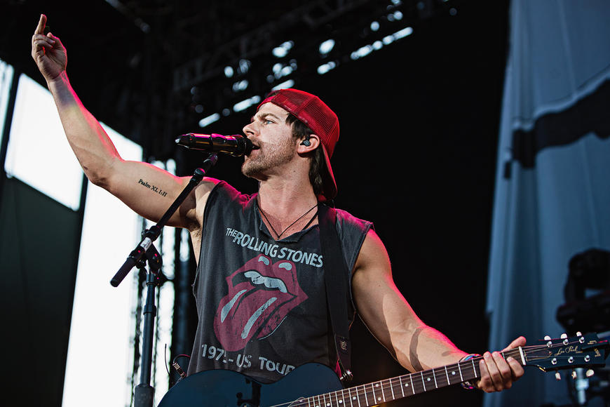 Kip Moore - Do us a favor, please? When you go to see Kip Moore's live set and tight jeans, also throw some new hats at him while he's onstage.  He needs some new hats, folks.