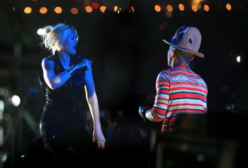 Pharrell and Gwen Stefani - Weekend One