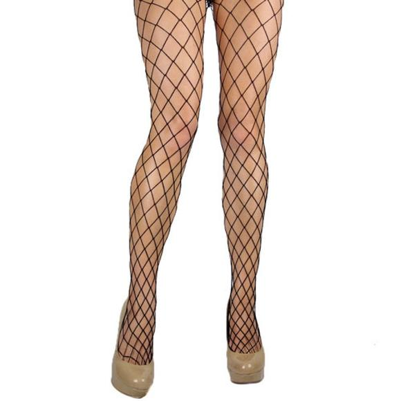 Diamondnet fishnets: Your dance moves won't be the only thing bringing attention to your legs. Work it!