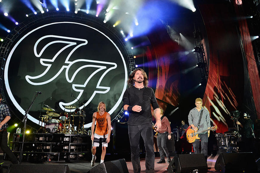 "Foo Fighters: Dave Grohl & co. made it clear that they have no intention of being our monkey wrench. Instead, they're a top alt band with an assured legacy & a continued plea that fans don't pelt them with Mentos during ""Big Me."""