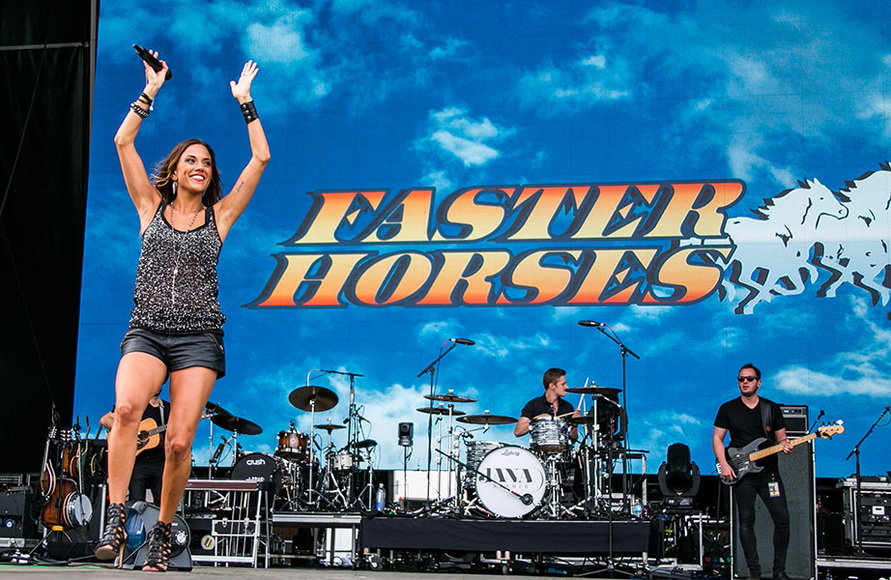Jana Kramer at the 2014 Faster Horses Festival