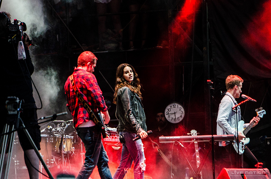 Lana Del Rey at ACL Weekend 2. One Nation exclusive.