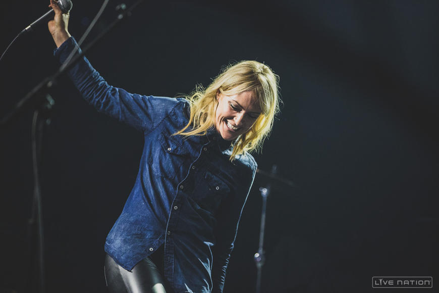 Metric opens for Imagine Dragons