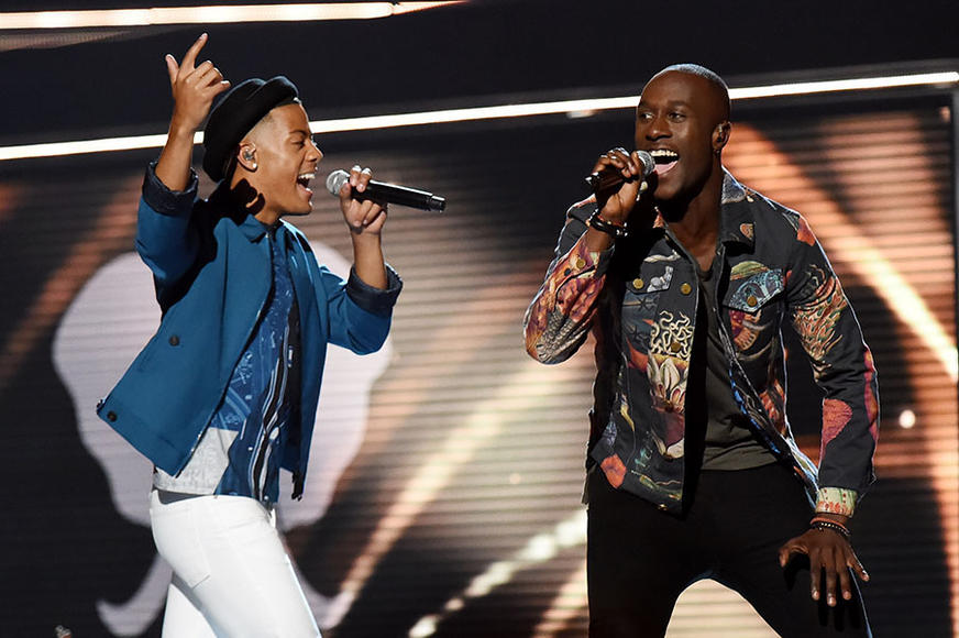 Nico & Vinz's US headlining tour kicks off April 23 in Rock Island, IL. They're amazing live! Am I Wrong? Psh.