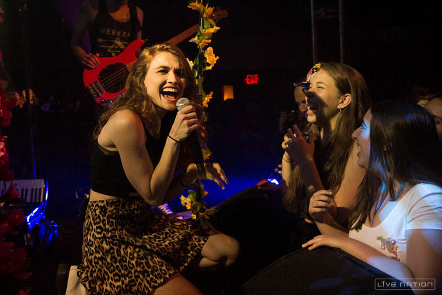 Misterwives is one of our favorite artists to watch right now.  Added plus: Taylor Swift is a fan!