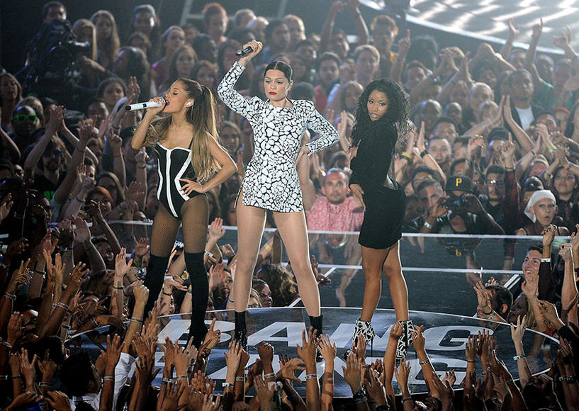 Nicki + Jessie J + Ariana Grande - Bang Bang