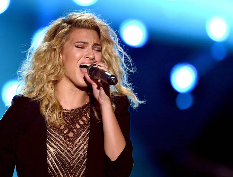 Tori Kelly