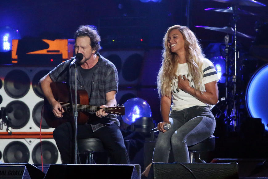 Eddie Vedder (Pearl Jam) and Beyoncé at Global Citizen Festival