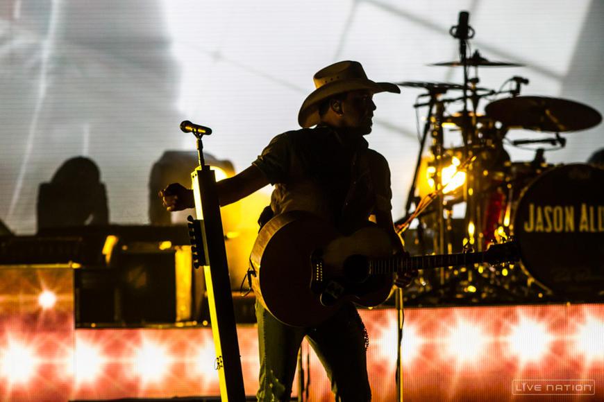 Jason Aldean at Ak-Chin Pavilion (Phoenix, AZ)