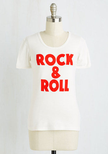 Foo Fighters-inspired tee: You're rock and roll, make it loud and clear!
