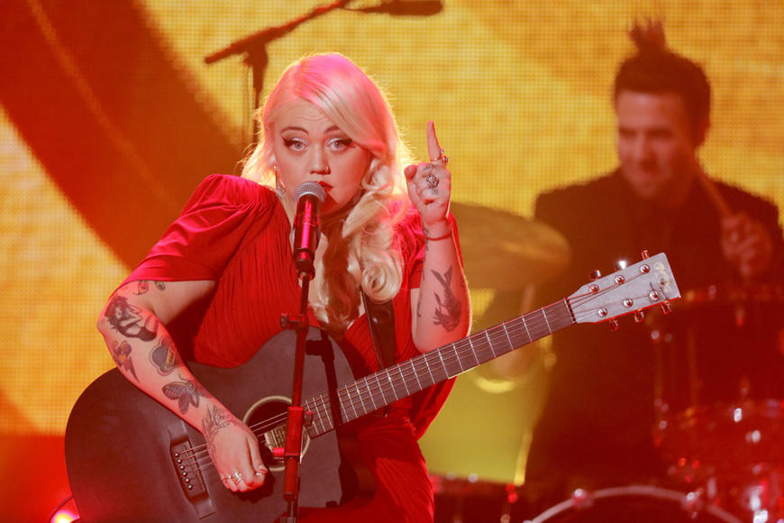 Elle King at Dick Clark's New Year's Rockin' Eve 2016