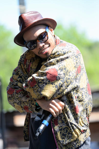 Keep up with him on Twitter! @AndersonPaak