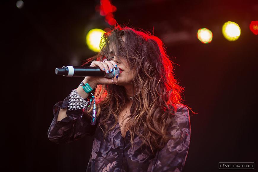 """Bebe's most recent single, """"No Broken Hearts"""" features fellow New Yorker Nicki Minaj"""