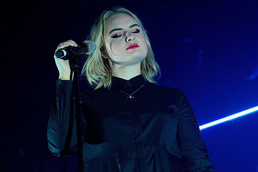 Låpsley's first proper performance (and second gig ever) was at the iconic Glastonbury festival. No big deal. She will take the stage at Coachella this year.