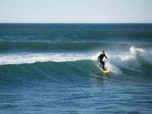 Roee%20surfing%20