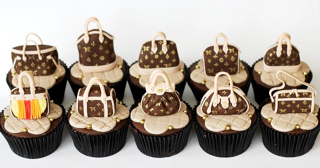 Cakes With Shoes And Bags