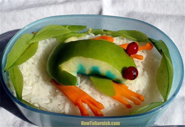 Apple Frog on Rice