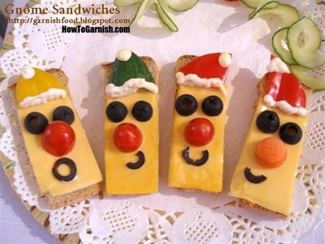 Santa Sandwiches
