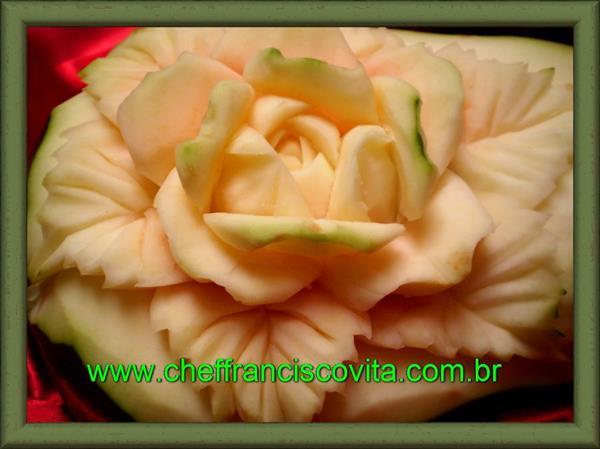 Papaya Roses by Chef Francisco Vita - wwwcheffranciscovita.com.br