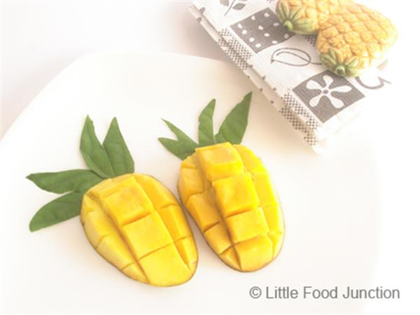 Mango pineapples