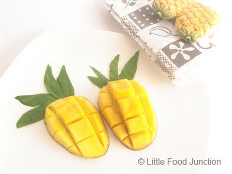 Mango pineapples