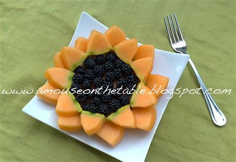 Melon and blackberry sunflower