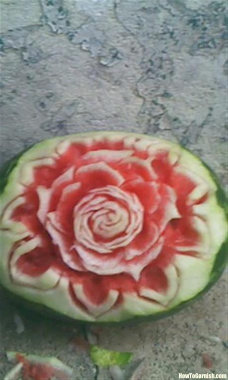 Amatuer mellon flower carving