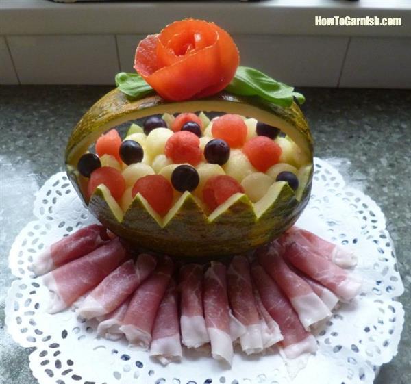 Meloenmand met rauwe ham