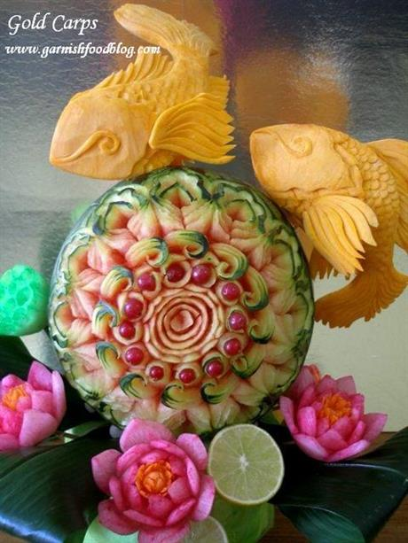Watrermelon With Gold Carps