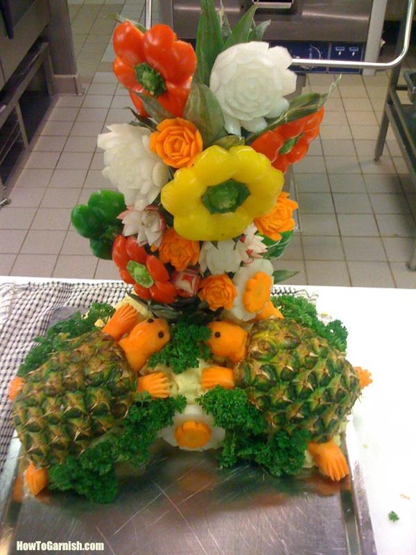 Pineapple turtle and vegetables flower