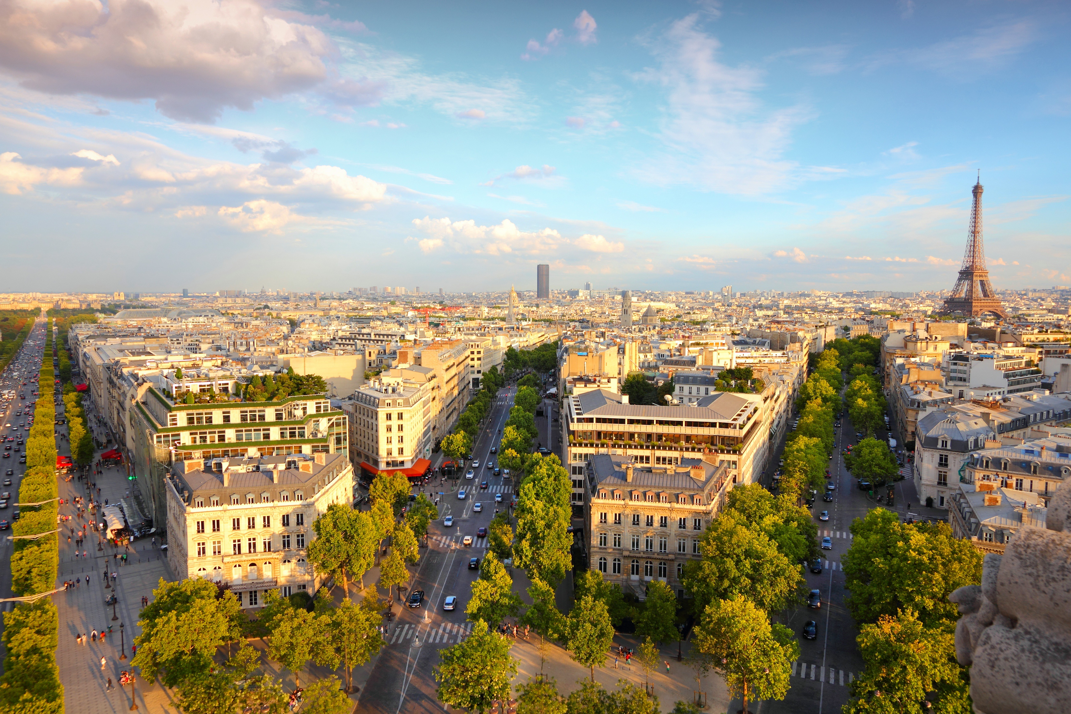 Equity free start up accelerator in Paris