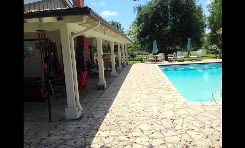Porch  pool