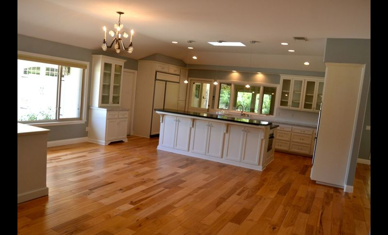 Kitchen wide2