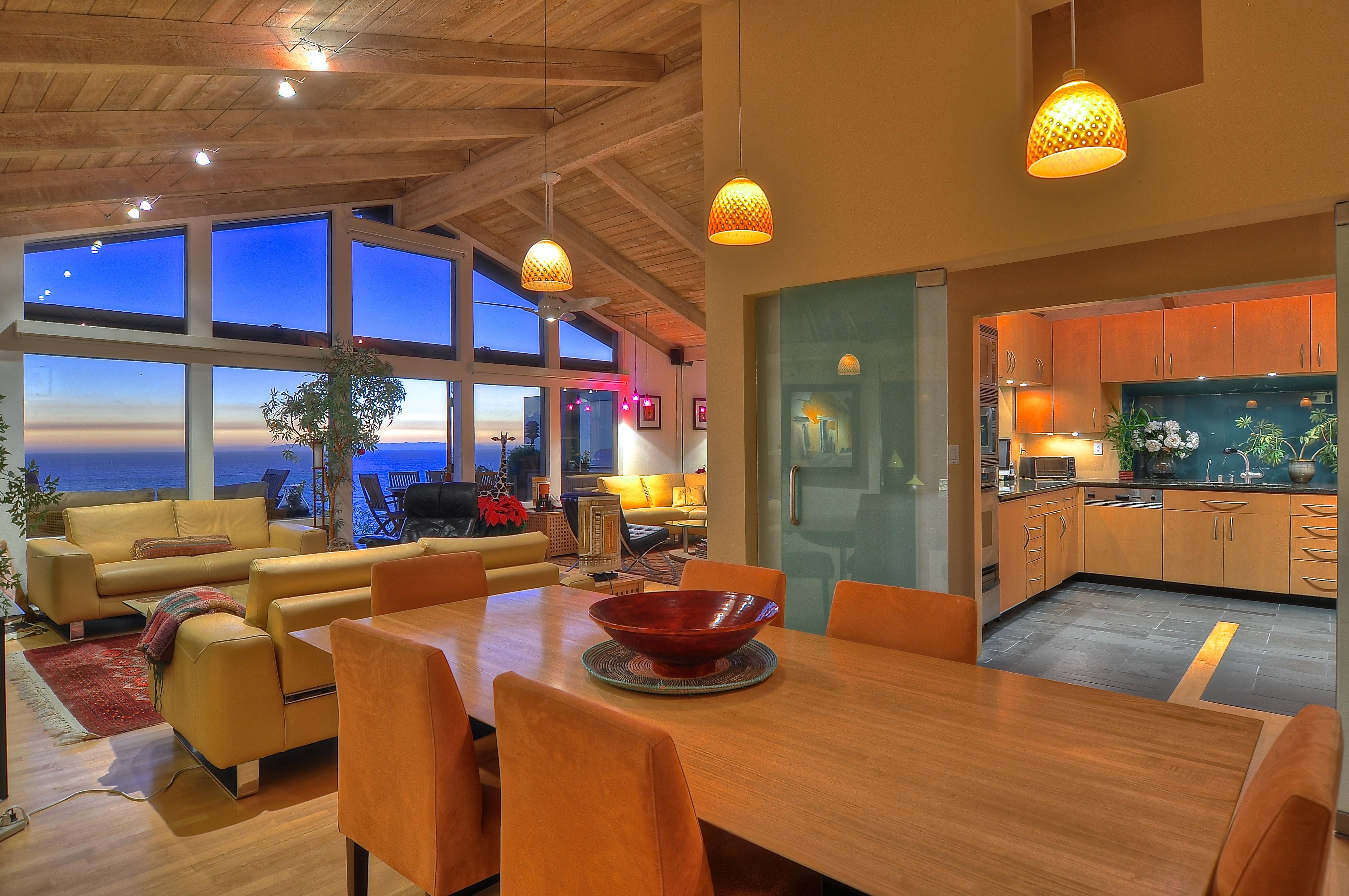 Laguna beach contemporary home for sale luxuryrealestate for Home for sale in laguna beach