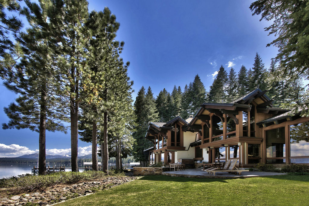 4 br condo in fleur du lac community lake tahoe for Luxury lake tahoe homes for sale