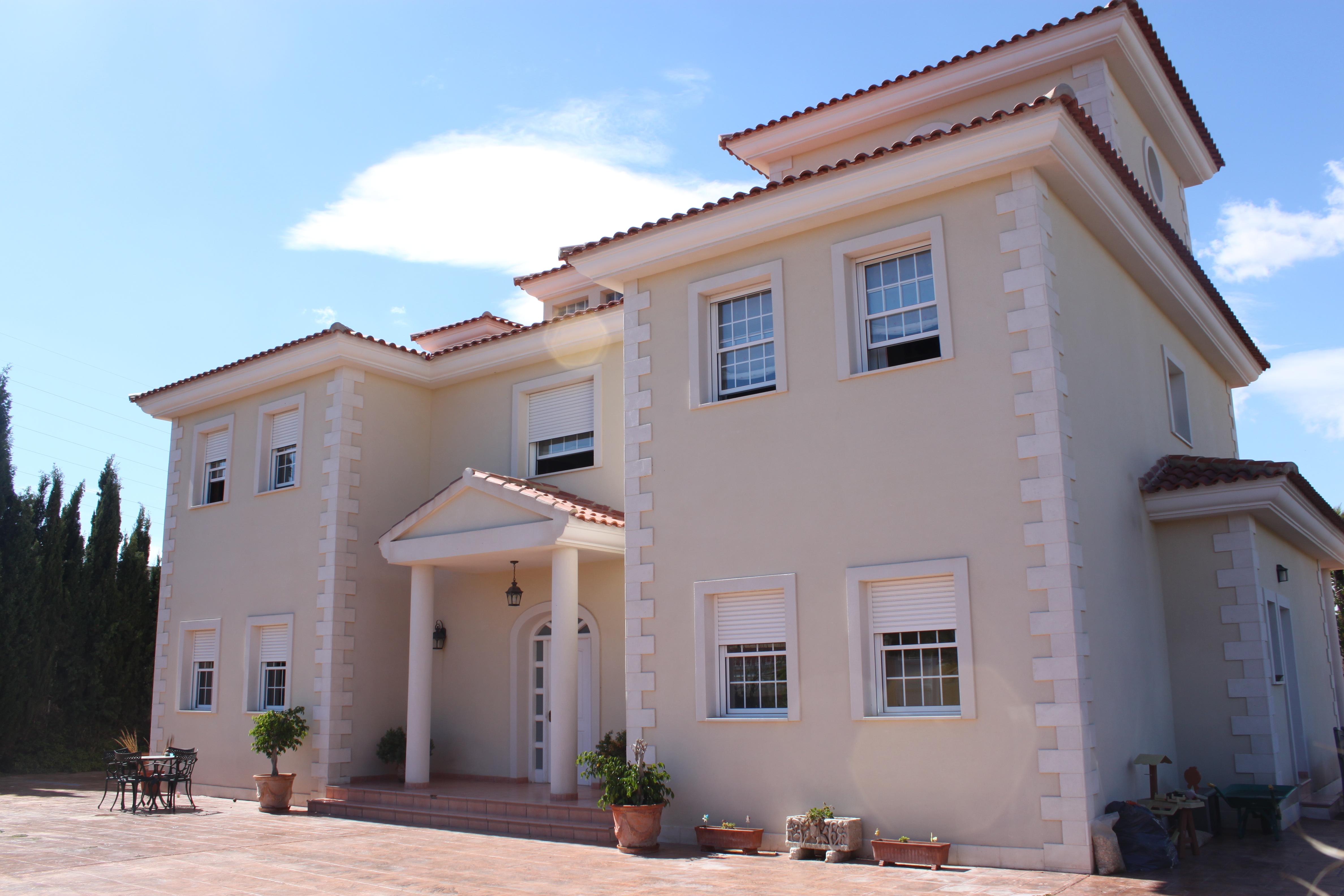 Коммерческая аренда в аликанте испания
