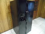 Lot: A4668 - Working Frigidaire Black Refrigerator