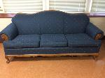 Lot: 06 - Blue-Tan Couch