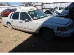 Lot: 03 - 1993 Lincoln Towncar