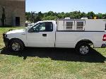 Lot: 1635 - 2005 Ford F150 Animal Transport Truck